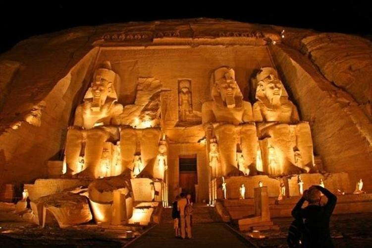private-day-tour-to-abu-simbel-temples-from-aswan-in-aswan-251282_751x500
